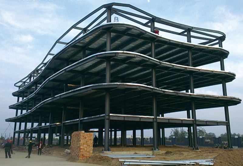 安踏产业园生产车间钢结构工程