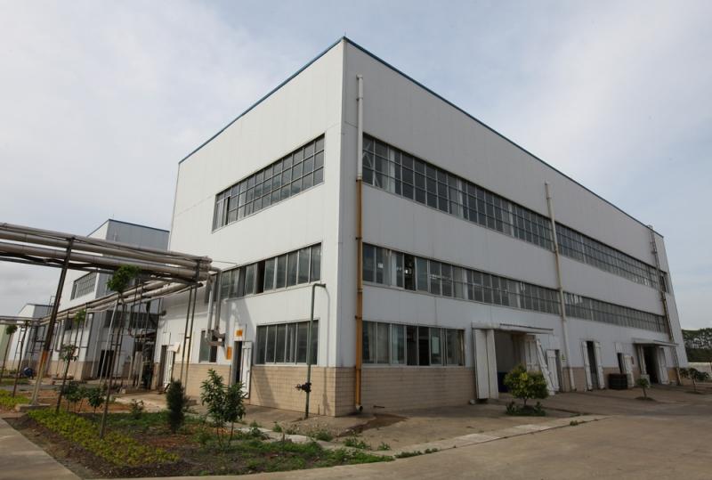 欧劳褔林生产车间钢结构工程